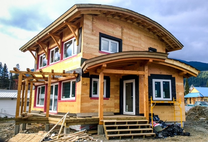 Kaslo Passive House entry