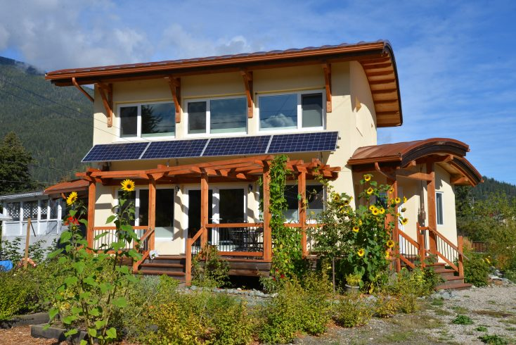 Kaslo Low-Energy House